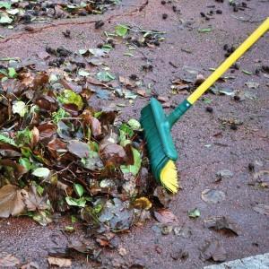 Balai extérieur pour feuilles