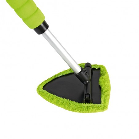 Nettoyage avec serviette microfibre