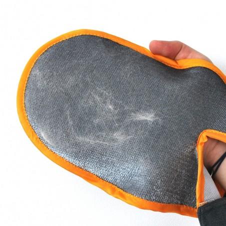 Gant attrape-poils pour animaux